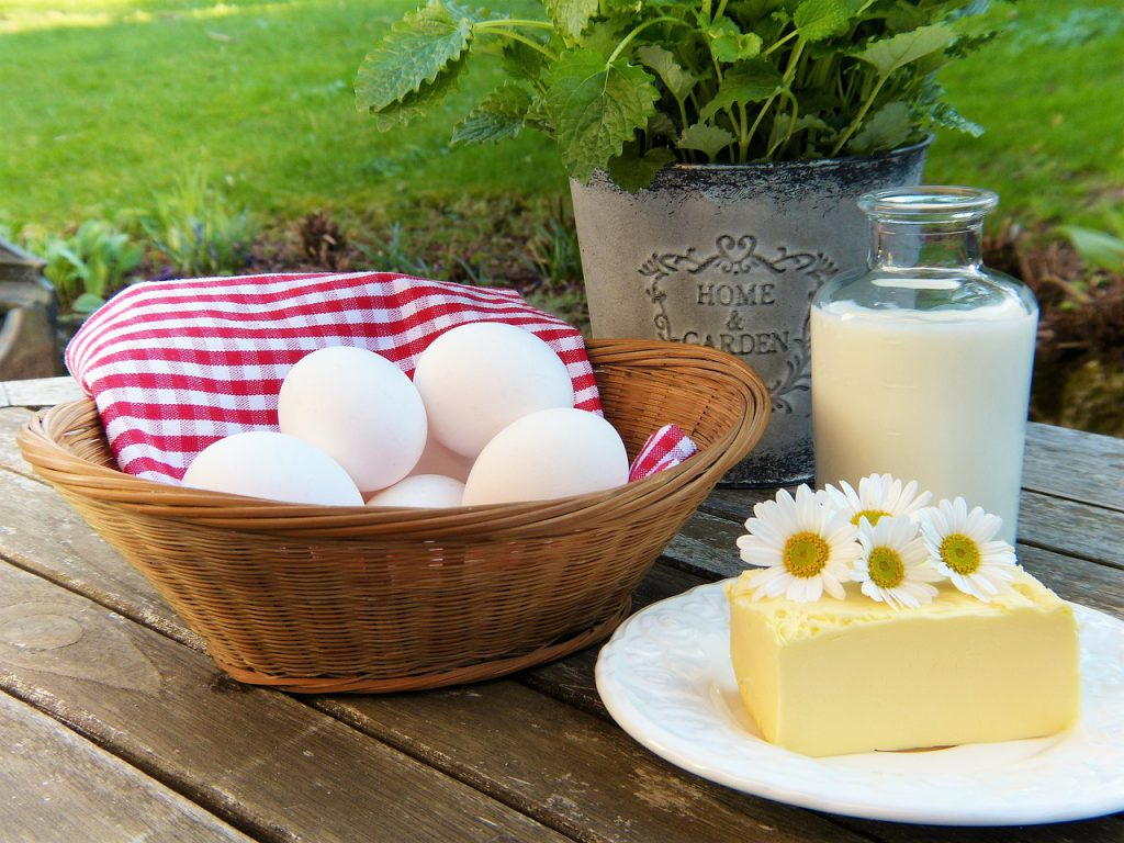 uova latte e torta